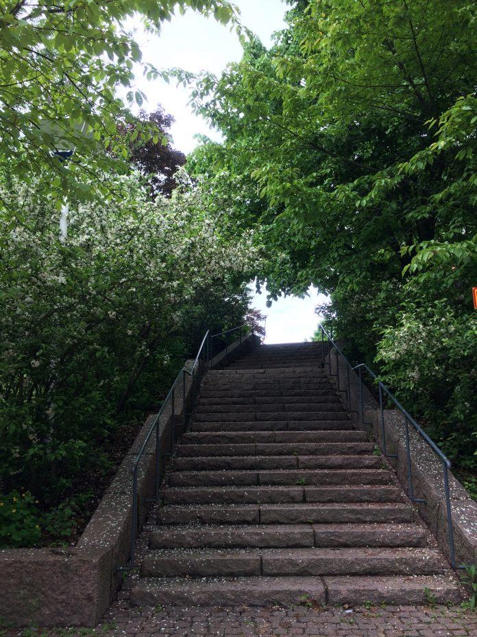 HÄmeentien portaat Toukolaan
